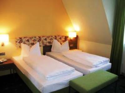 bedroom 2 - hotel prinzhotel - rothenburg, germany
