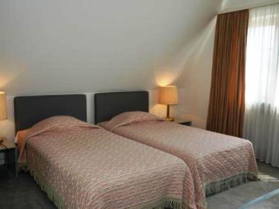bedroom 4 - hotel prinzhotel - rothenburg, germany