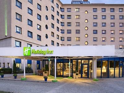 exterior view - hotel holiday inn stuttgart - stuttgart, germany