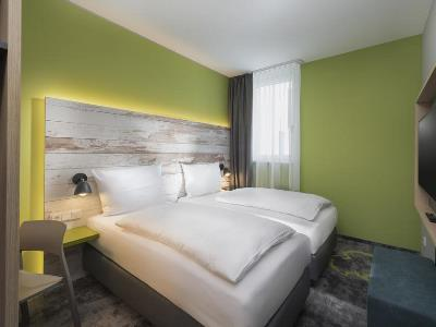 bedroom 1 - hotel ibis styles stuttgart - stuttgart, germany