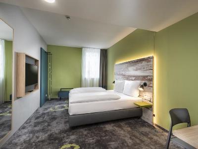 bedroom 4 - hotel ibis styles stuttgart - stuttgart, germany