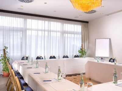 conference room - hotel wyndham airport messe - stuttgart, germany