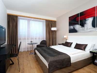 bedroom - hotel wyndham airport messe - stuttgart, germany