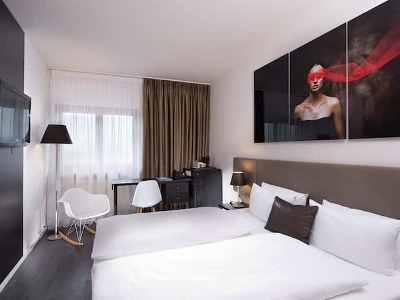 bedroom 1 - hotel wyndham airport messe - stuttgart, germany