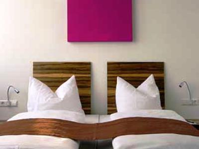 bedroom 2 - hotel amh airport-messe in filderstadt - stuttgart, germany