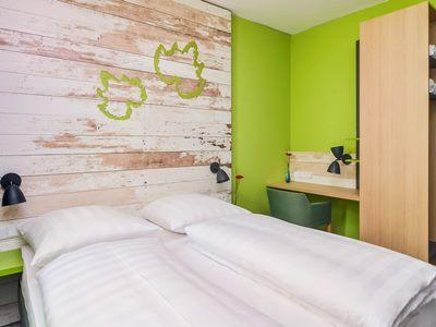 bedroom 1 - hotel ibis styles stuttgart vaihingen - stuttgart, germany