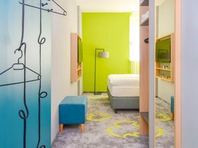 bedroom 2 - hotel ibis styles stuttgart vaihingen - stuttgart, germany