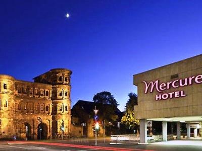 exterior view - hotel mercure trier porta nigra - trier, germany