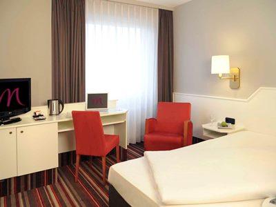 bedroom - hotel mercure hotel bad homburg friedrichsdorf - friedrichsdorf, germany