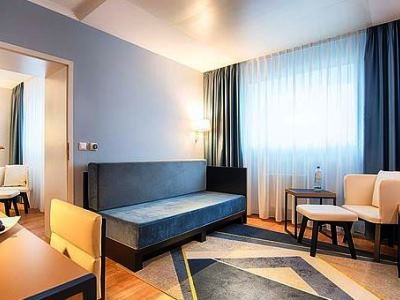 bedroom 3 - hotel dorint kongresshotel chemnitz - chemnitz, germany