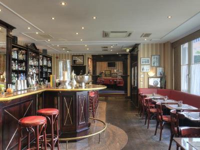 bar - hotel holiday inn munich unterhaching - unterhaching, germany