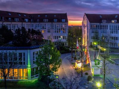exterior view - hotel holiday inn munich unterhaching - unterhaching, germany
