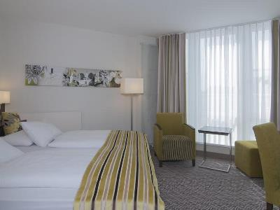 bedroom 1 - hotel holiday inn munich unterhaching - unterhaching, germany