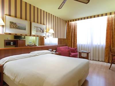 bedroom 4 - hotel senator barcelona spa - barcelona, spain