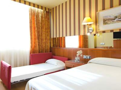 bedroom 3 - hotel senator barcelona spa - barcelona, spain