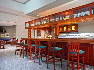 bar - hotel senator barcelona spa - barcelona, spain