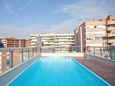outdoor pool - hotel senator barcelona spa - barcelona, spain