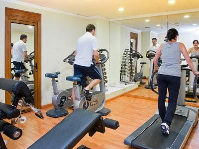 gym - hotel senator gran via 70 spa - madrid, spain