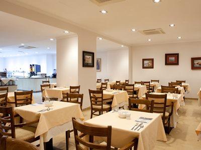 restaurant - hotel senator gran via 70 spa - madrid, spain