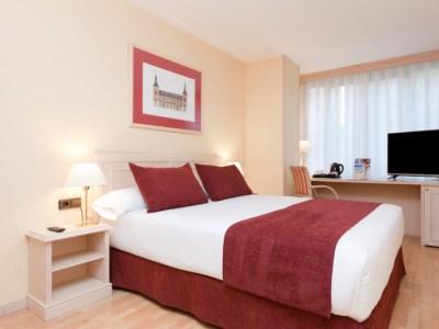 bedroom - hotel senator castellana - madrid, spain