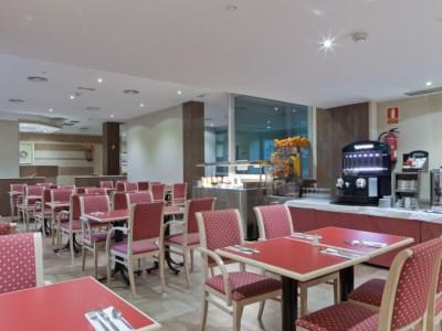 restaurant - hotel senator castellana - madrid, spain