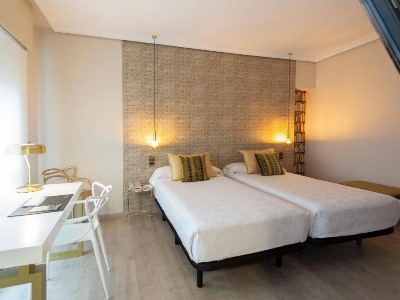 bedroom 2 - hotel ciudad de vigo - vigo, spain