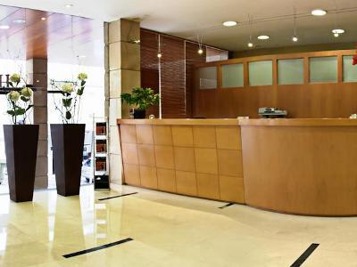 lobby - hotel tres luces - vigo, spain
