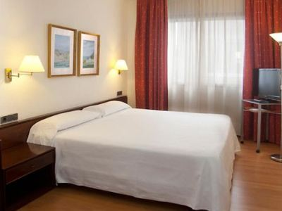 junior suite - hotel tres luces - vigo, spain