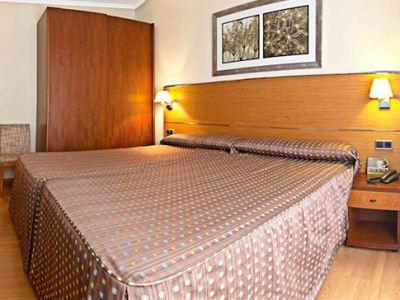 bedroom 1 - hotel tres luces - vigo, spain