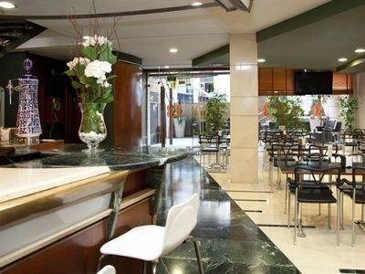 restaurant 1 - hotel tres luces - vigo, spain