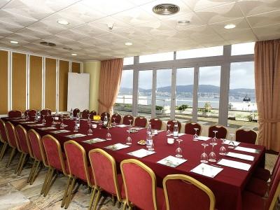 conference room - hotel bahia de vigo - vigo, spain
