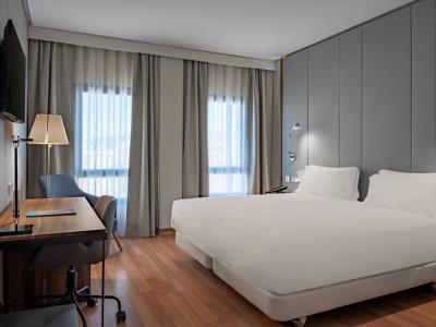bedroom - hotel nh ciudad de cuenca - cuenca, spain