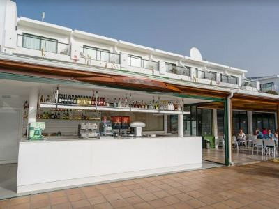 bar - hotel thb flora - lanzarote, spain