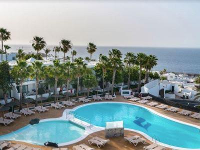 outdoor pool 1 - hotel thb flora - lanzarote, spain
