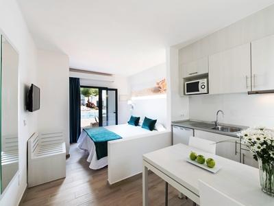 bedroom 2 - hotel thb flora - lanzarote, spain