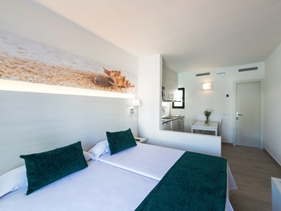 bedroom 3 - hotel thb flora - lanzarote, spain