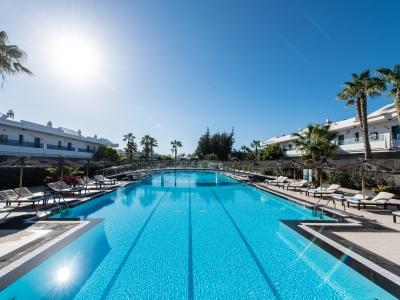 outdoor pool - hotel thb tropical island - lanzarote, spain