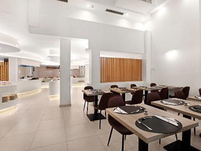 restaurant 1 - hotel thb felip - adults only - porto cristo, spain