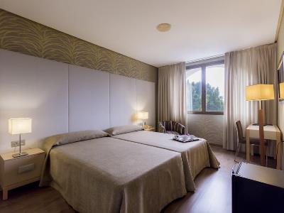 bedroom 1 - hotel macia donana - sanlucar de barrameda, spain
