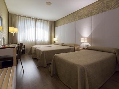 bedroom 2 - hotel macia donana - sanlucar de barrameda, spain