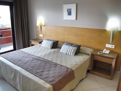 bedroom - hotel ohtels campo de gibraltar - la linea de la concepcion, spain