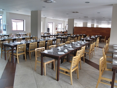restaurant - hotel ohtels campo de gibraltar - la linea de la concepcion, spain