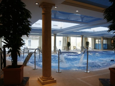 indoor pool - hotel gran hotel balneario puente viesgo - puente viesgo, spain