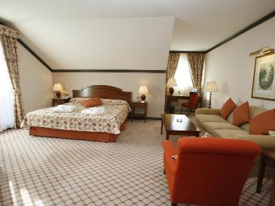 bedroom 4 - hotel gran hotel balneario puente viesgo - puente viesgo, spain