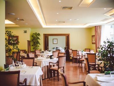 restaurant - hotel gran hotel balneario puente viesgo - puente viesgo, spain
