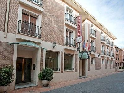 卡洛斯三世旅館