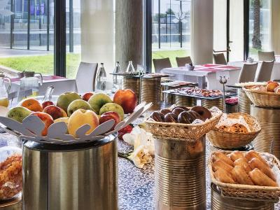 breakfast room - hotel tactica - paterna, spain