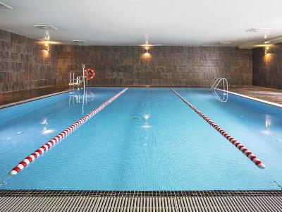 outdoor pool 1 - hotel tactica - paterna, spain
