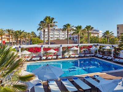 outdoor pool 1 - hotel thb gran playa - adults only - can picafort, spain