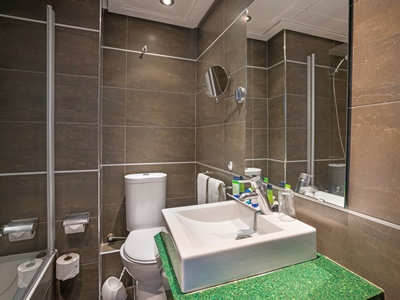 bathroom 1 - hotel thb gran playa - adults only - can picafort, spain
